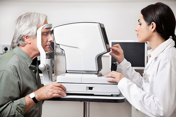 Optomeyes Opticians eye examinations
